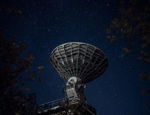 Gazing towards past and future of antennas